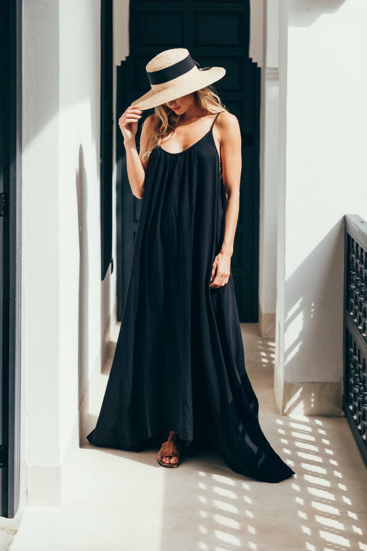 Sukiso Women's Violetta Dress In Black