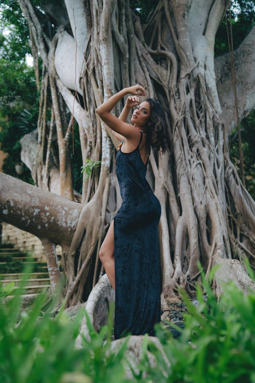 Sukiso Women's Black Jewel Slip Dress - Plus