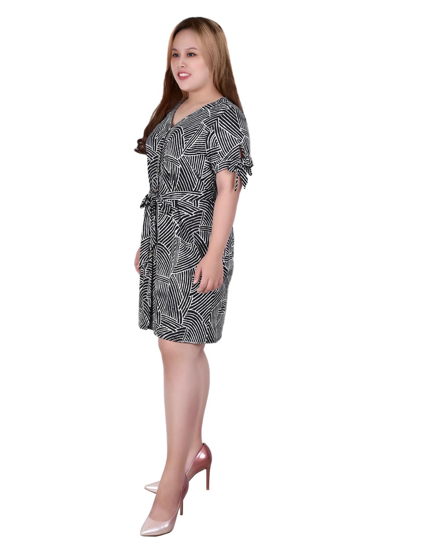 Short Sleeve V Neck Dress